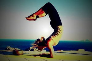 rsz_yoga-pose-scorpion-pose-6037-1edited